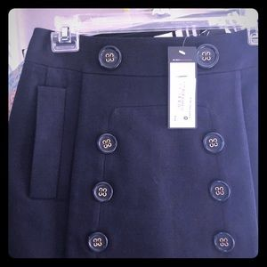 BCBG BNWT skirt - fully lined with pockets